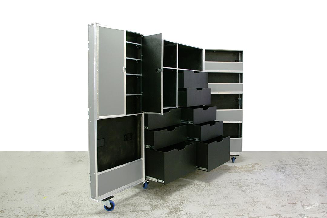 opera wardrobe case_3