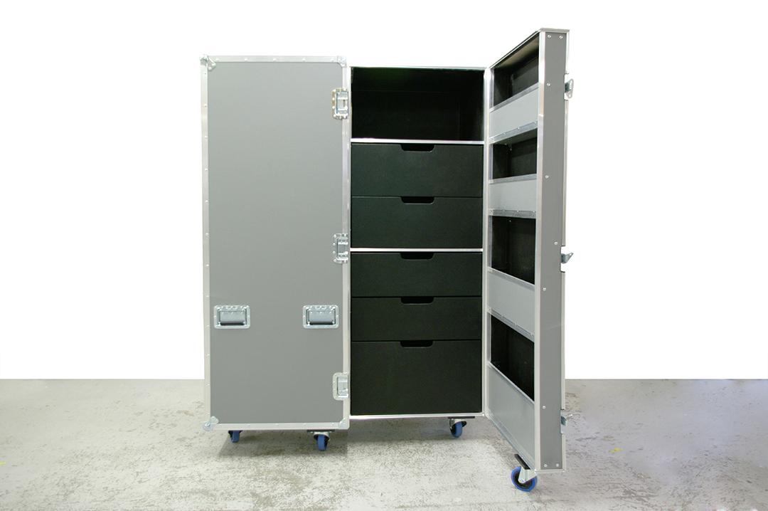 opera wardrobe case_1