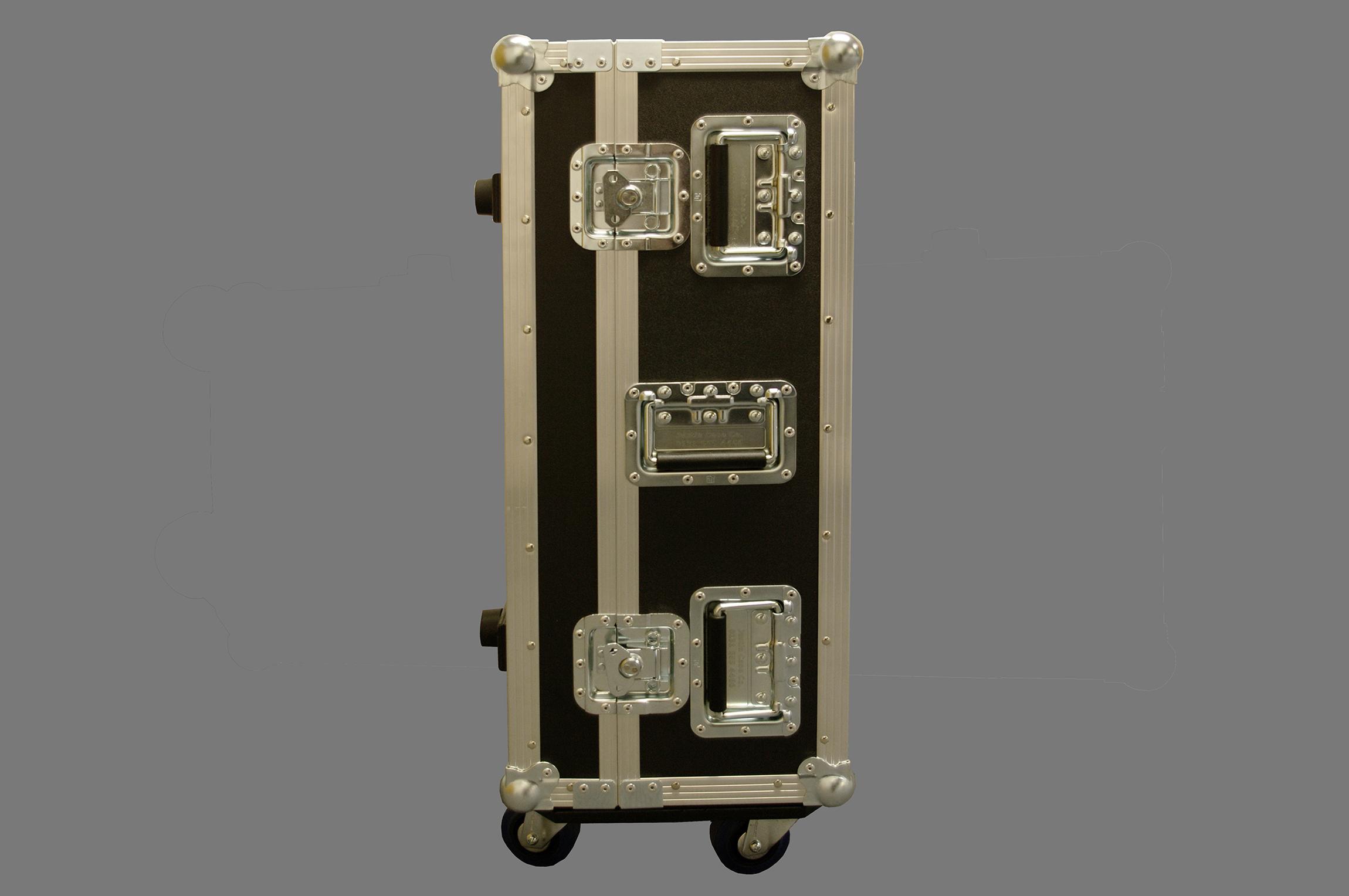 Panasonic projector case_02