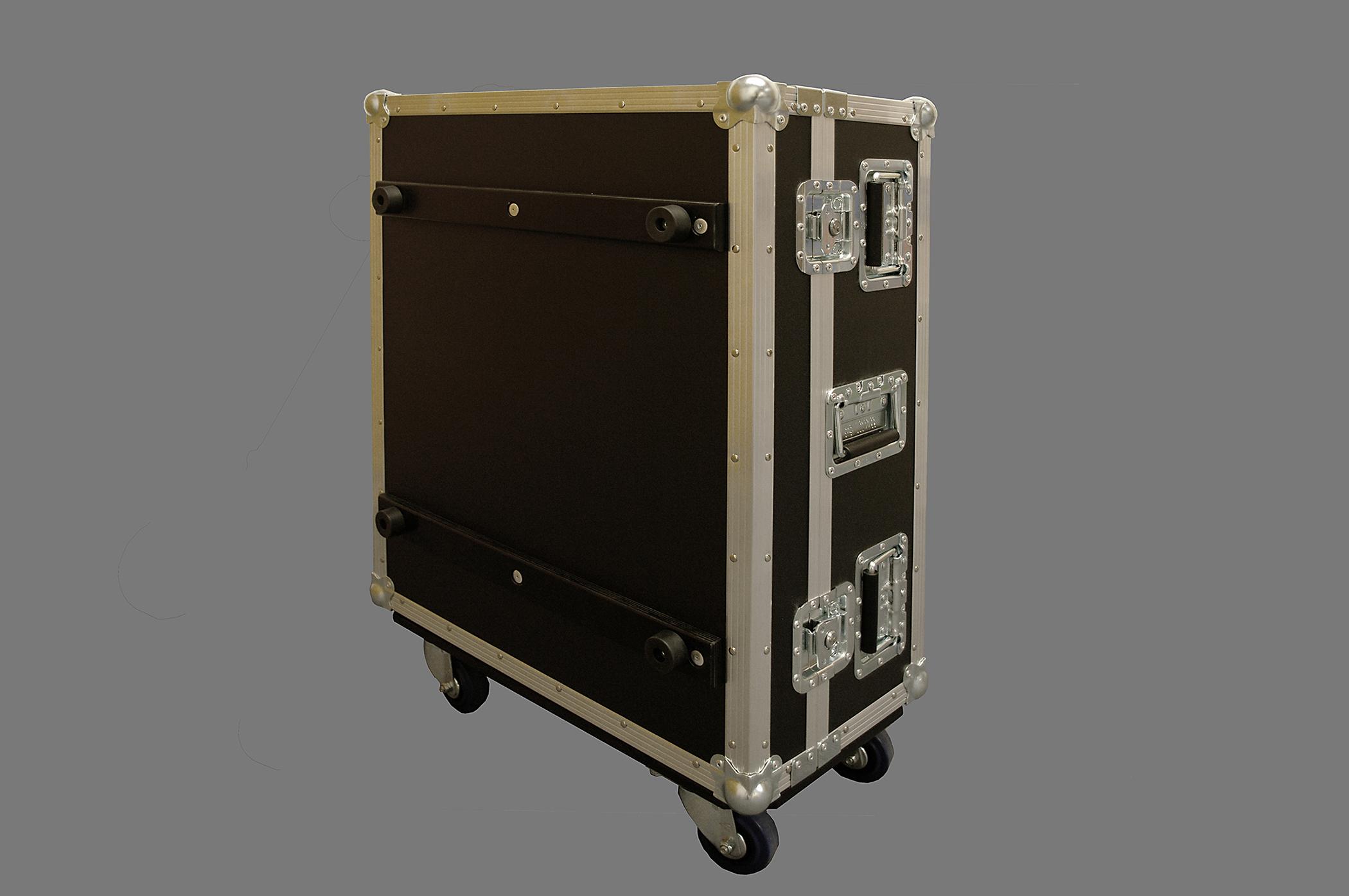 Panasonic projector case_03
