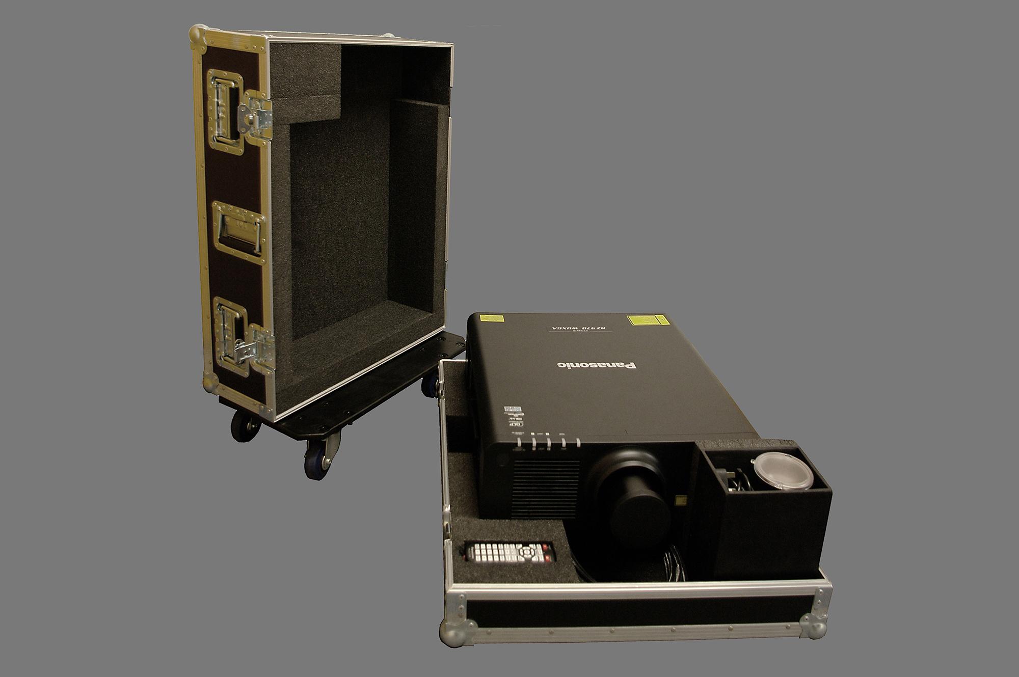 Panasonic projector case_06